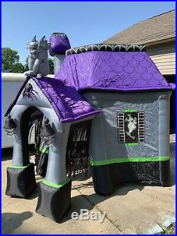 10Ft Inflatable Haunted House
