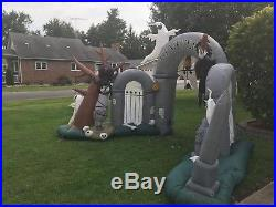 2008 10ft Long Animated Gemmy Airblown Inflatable Cemetery Archway