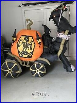 9ft Gemmy Animated Airblown Inflatable Skeleton Carriage & Pumpkin
