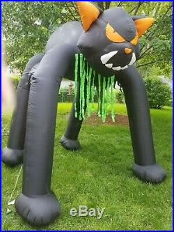 GEMMY HUGE 11 ft Tall Airblown Inflatable Light Up Cat WALK THRU ARCHWAY TESTED