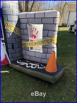 Gemmy Airblown Halloween Inflatable Crime Scene Light Show