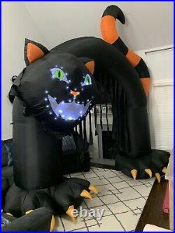 Gemmy Airblown Inflatable Lightsync Thriller Cat Archway Halloween Yard Decor