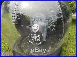 Gemmy Halloween Inflatable Airblown Whirlwind Snow Globe 6ft Graveyard Zombie