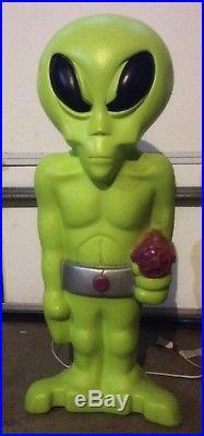 Halloween Alien Blow Mold Yard Decor with light kit
