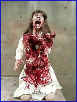 Halloween Animatronics Pure Terror Spilled Guts Haunted House Prop