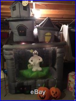 Halloween Haunted House Carousel Inflatable