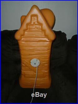 Halloween Haunted House Pumpkin Jack-o-Lantern Cat Bat lighted Blow Mold 33'