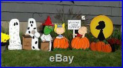Hand Painted set of 6 Peanuts Halloween Yard Art