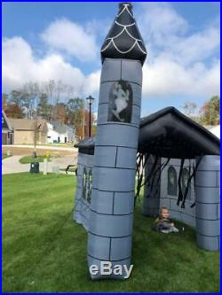 RARE Gemmy Inflatable Haunted House 11 ft Creepy Sounds lights Used Exc Cond