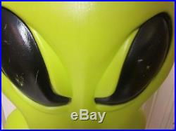 Space alien green blow mold halloween lighted yard decoration