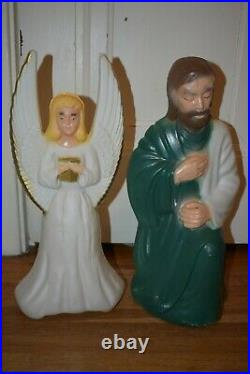 VINTAGE General Foam MINIATURE TABLE TOP BLOW MOLD NATIVITY LIGHTED CHRISTMAS