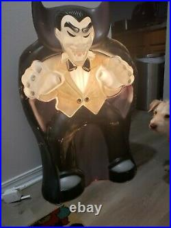 Vintage Count Dracula Vampire Halloween Lighted Blow Mold 36